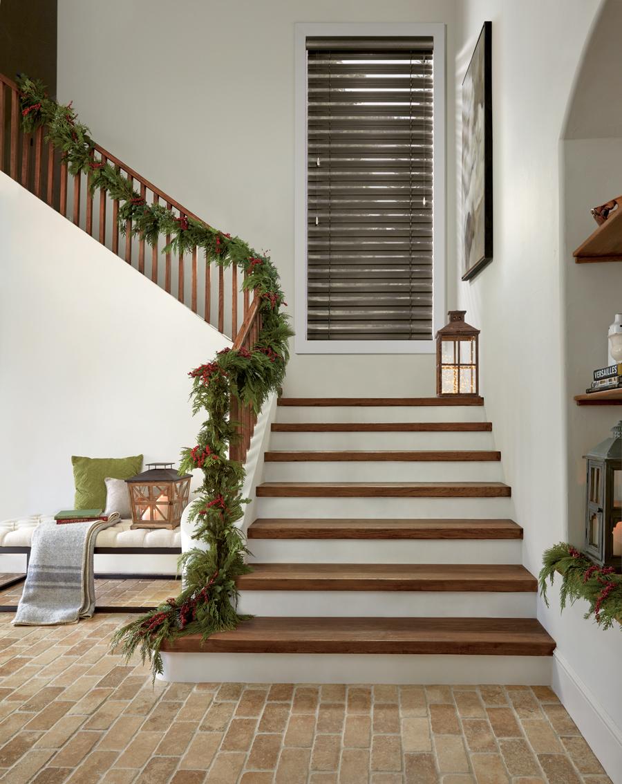beautifully decorated entryway horizontal faux wood everwood blinds Hunter Douglas St Paul 55113