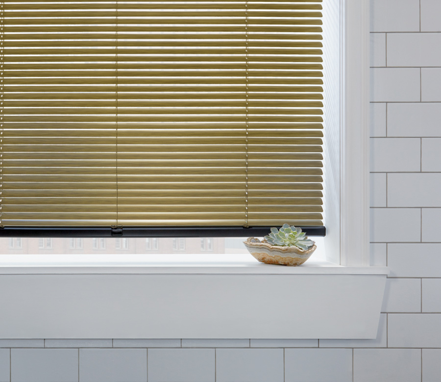 Hunter Douglas gold aluminum blinds Minneapolis mn