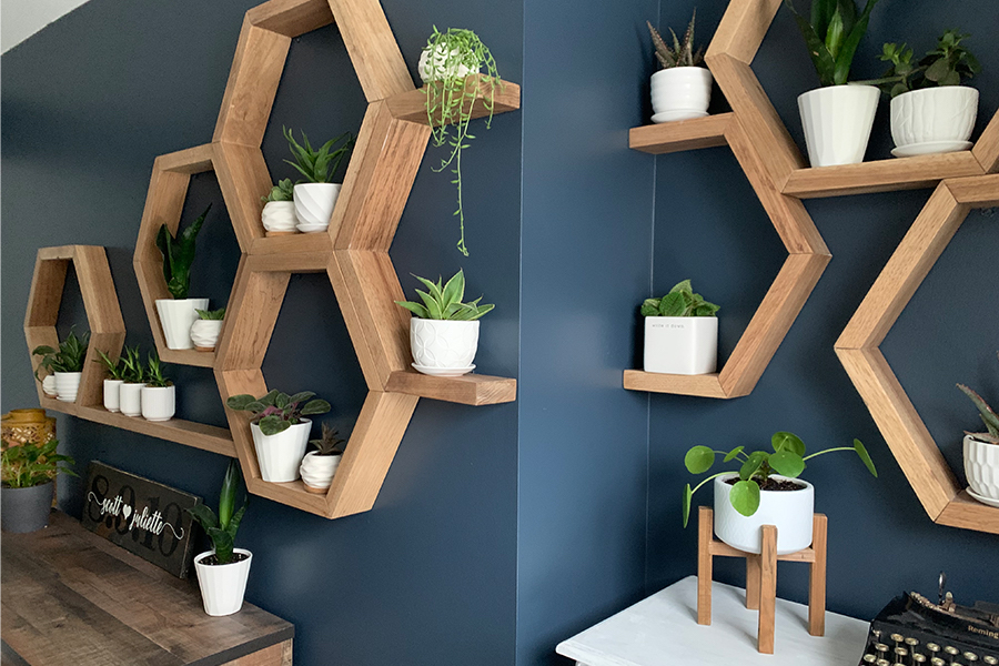 eature wall with design tip elements