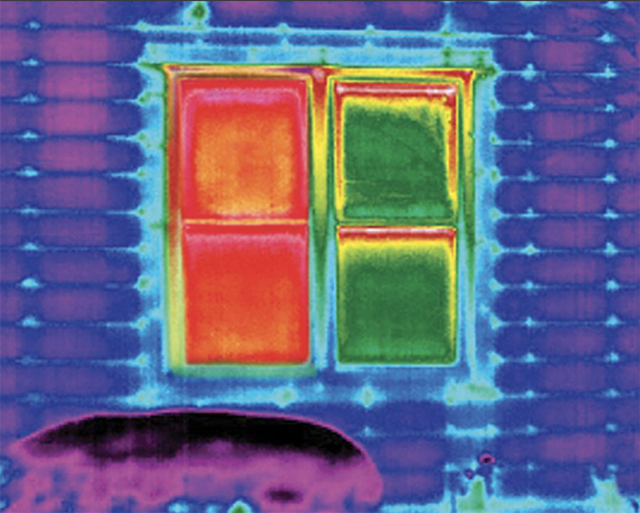 infrared technology shows windows with and without insulated shades in Minneapolis, MN